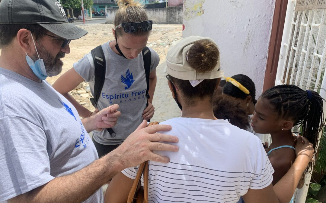 Missionaries Provide Relief to Colombian Hurricane Victims